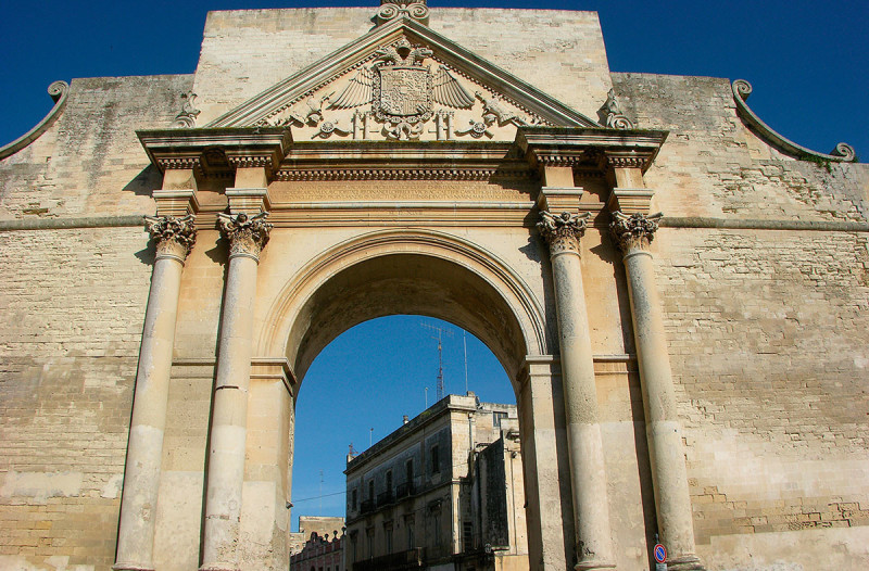 Porta-Napoli1